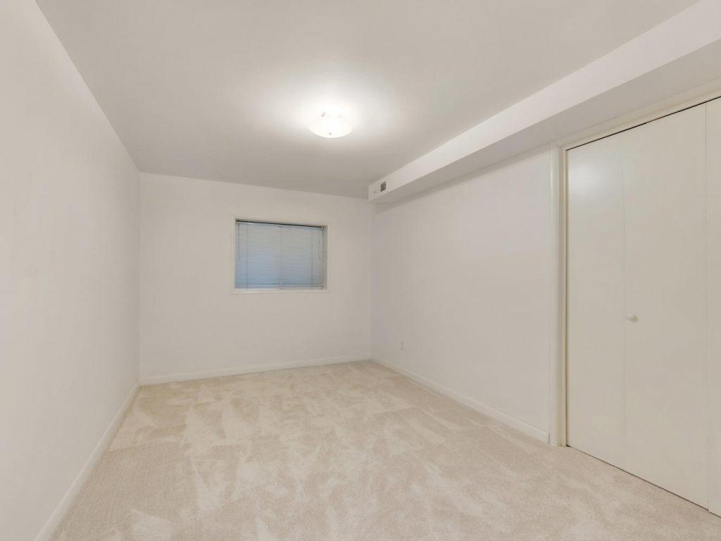 6690 SW Parkwest Ln Portland-large-023-24-Bedroom 5-1334x1000-72dpi